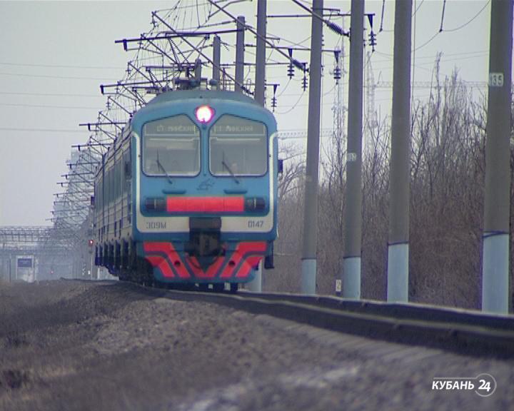 «Факты 24»: погибший под колесами поезда, антикризисный план для Кубани, реставрация кинотеатра «Аврора»