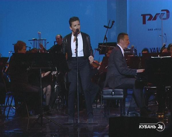 «Арт&Факты»: концерт Дианы Арбениной и Юрия Башмета в Сочи, анонс спектаклей на выходные