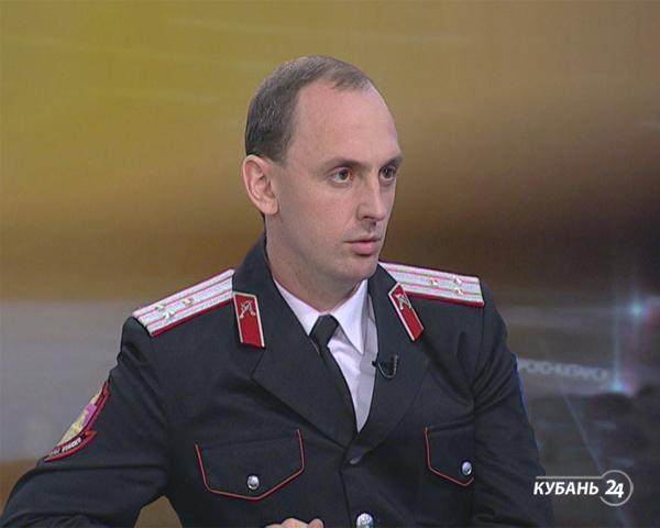Заматамана Кубанского казачьего войска Константин Перенижко: женщина должна хранить домашний очаг, а мужчина — охранять порядок