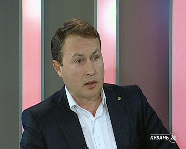 Председатель комитета по противодействию коррупции Эдуард Идрисов: коррупция — это угроза национальной безопасности