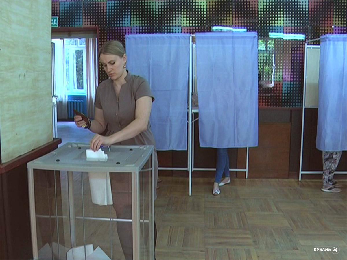 «Факты 24»: около 10,5 млн россиян приняли участие в праймериз, кубанские пограничники отметят профессиональный праздник
