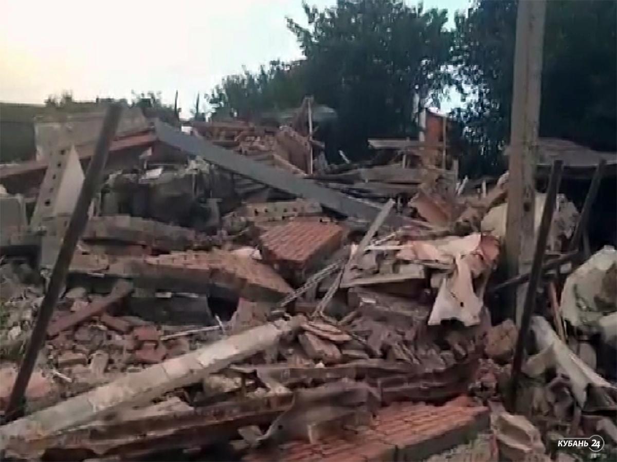«Факты 24»: в Краснодаре взорвался жилой дом, губернатор посетил сгоревший корпус в детском лагере в Анапе, на Кубани ликвидируют последствия непогоды