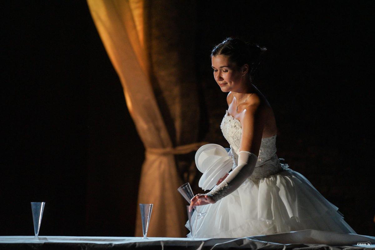 Премьера спектакля «Тебя-2» в «Одном театре» Краснодара