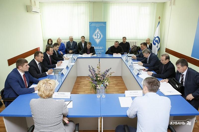«Факты 24»: Кондратьев посетил стадион «Динамо», в Краснодаре на всероссийском форуме обсудили проблемы семеноводства