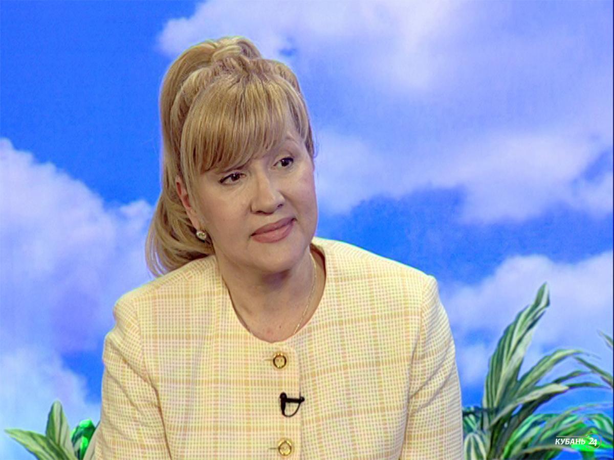 Косметолог Наталья Ищенко: наша кожа как яблоко — когда в ней нет воды, она морщится