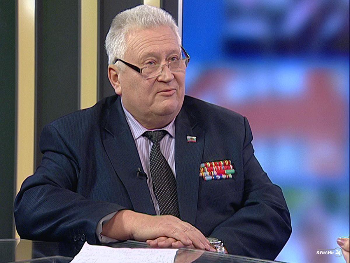 Заместитель председателя краевого совета ветеранов Владимир Фальков: 27 героев живут сегодня в Краснодаре, которые приняли участие в освобождении города