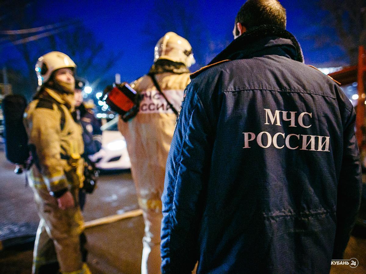 «Факты 24»: пожар в краснодарской многоэтажке полностью уничтожил 25 квартир, в Краснодаре прошла ежегодная встреча молодых депутатов