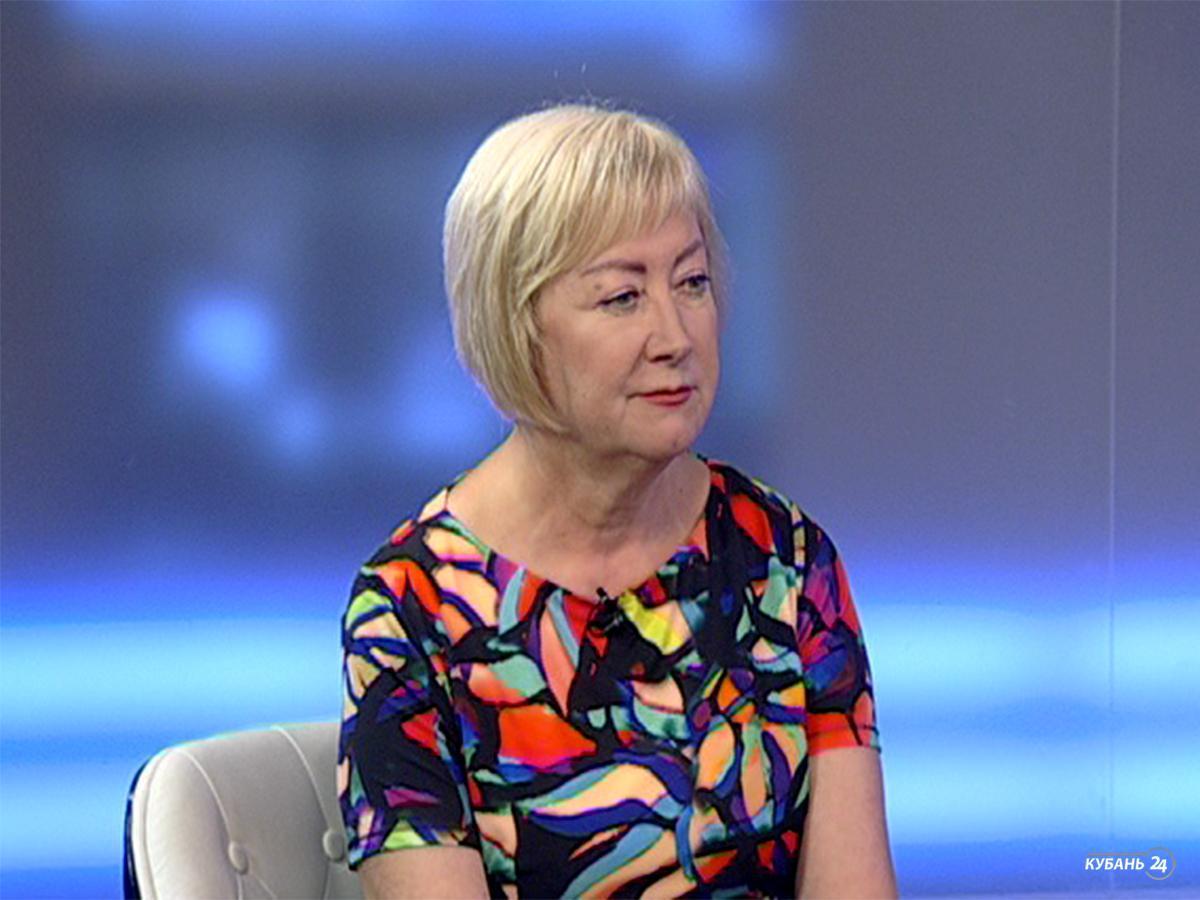 Глава филиала Россельхозцентра по краю Людмила Шуляковская: марокканская саранча через неделю станет на крыло