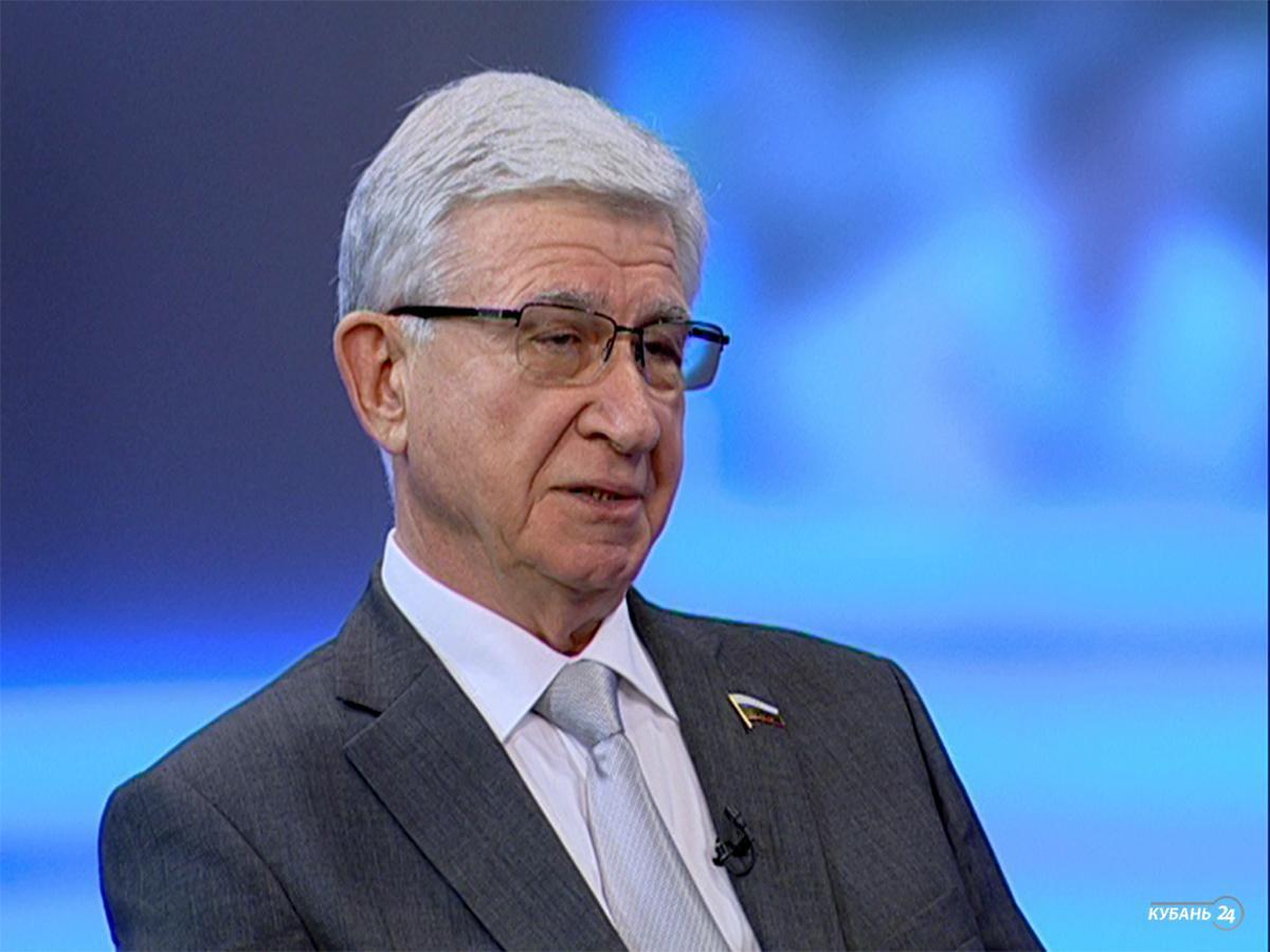Депутат Госдумы России Владимир Евланов: на последнем заседании было принято 284 закона
