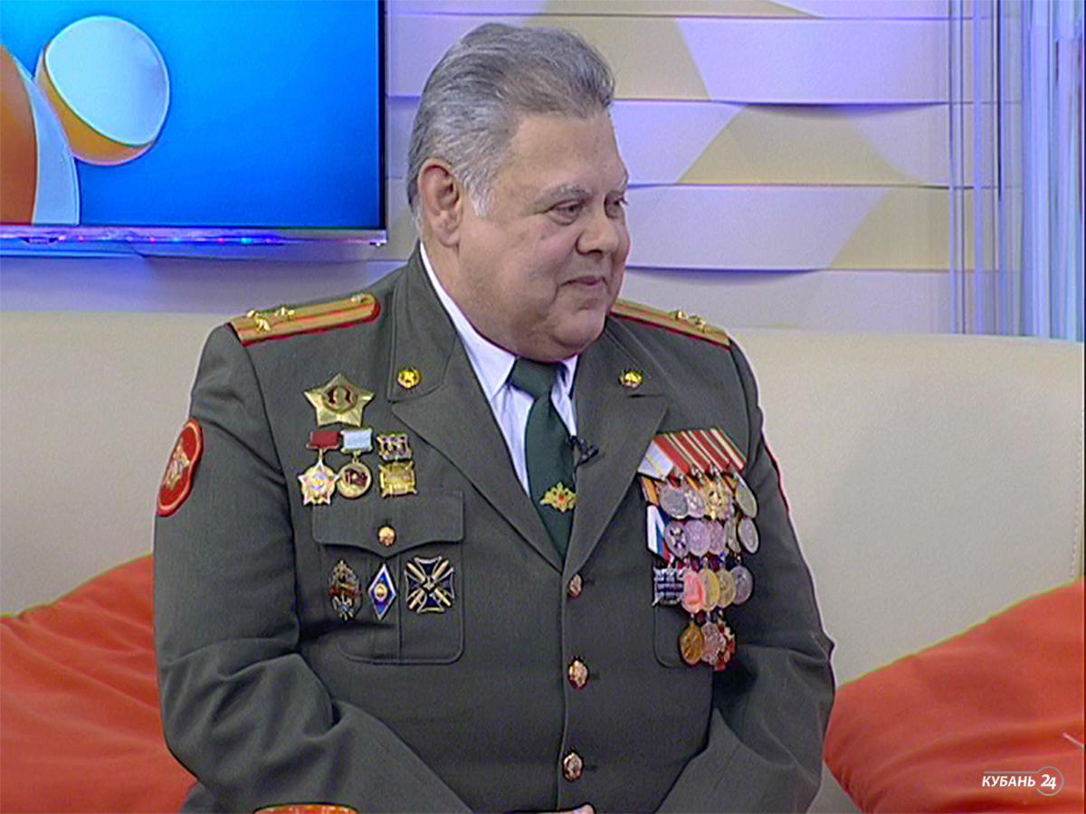 Полковник Вооруженных сил Валерий Ляхов: наш земляк один из первых получил орден Ленина