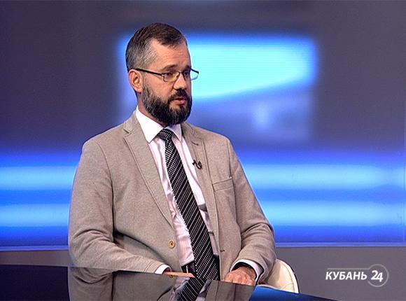 Онколог Сергей Шаров: УФ-излучение опасно для кожи в любом возрасте