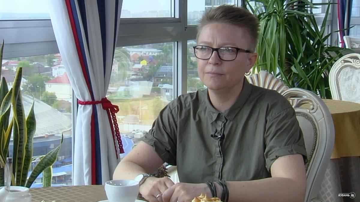 Руководитель радиостанции «Первое радио Кубани» Ольга Киппель: чтобы просыпаться в хорошем настроении, нужно просто любить жизнь
