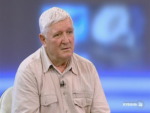Руководитель сельского музея Владимир Камышников: урожай пшеницы с 700 га спрятали в поле и хранили их 172 дня