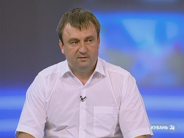 Представитель краевого министерства спорта Сергей Потанин: футбол развивается во всех 44 муниципальных образованиях края