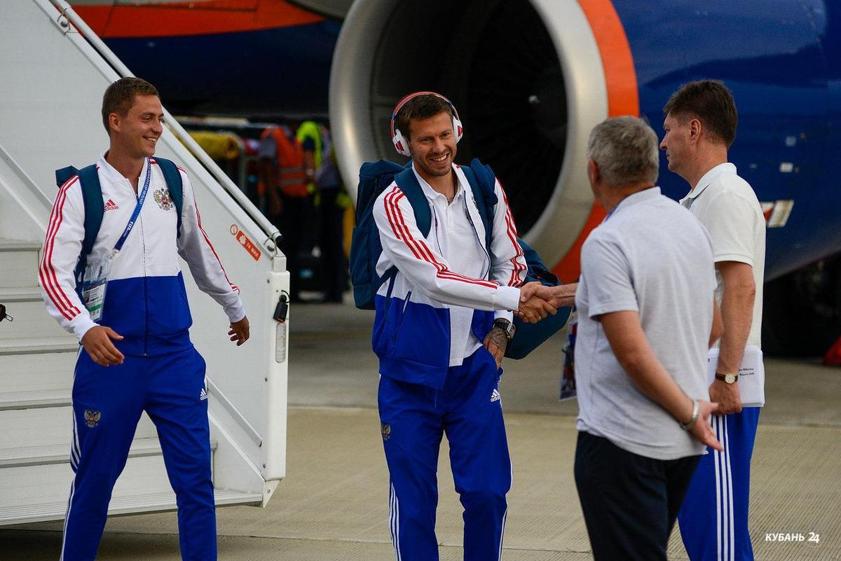 «Факты 24»: в Сочи прилетела сборная России по футболу, в 2019 году для районных больниц Кубани выделят 1,5 млрд рублей