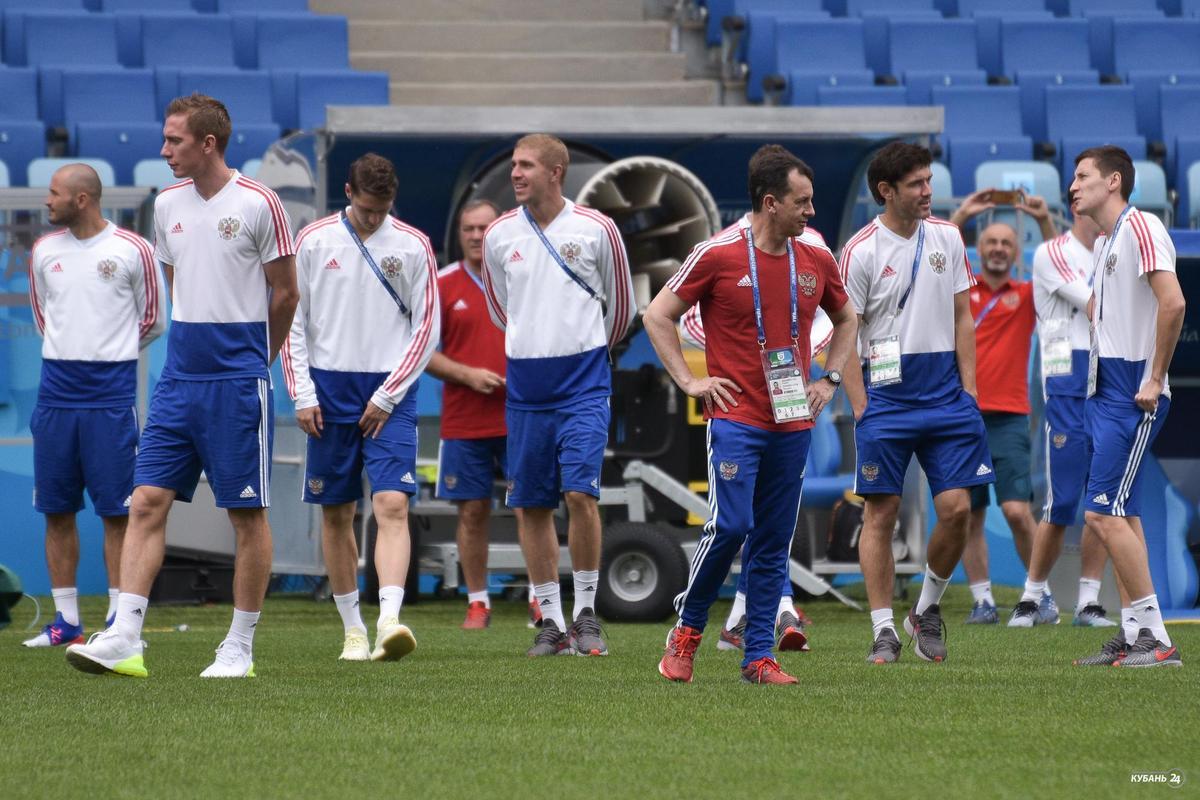 Тренировка сборной России по футболу в Сочи