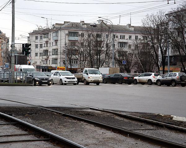 Предновогодние пробки Краснодара: что делать?