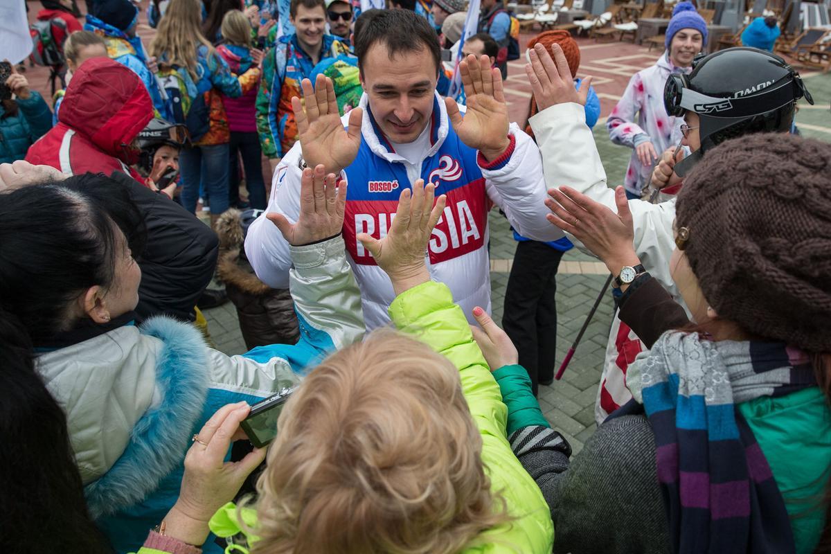 Чемпионы зимней Олимпиады-2014 посетили Сочи в годовщину Игр