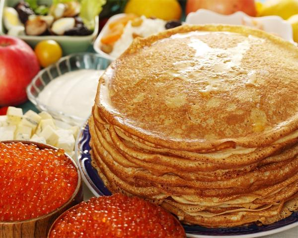 10 рецептов блинов и начинок на Масленицу