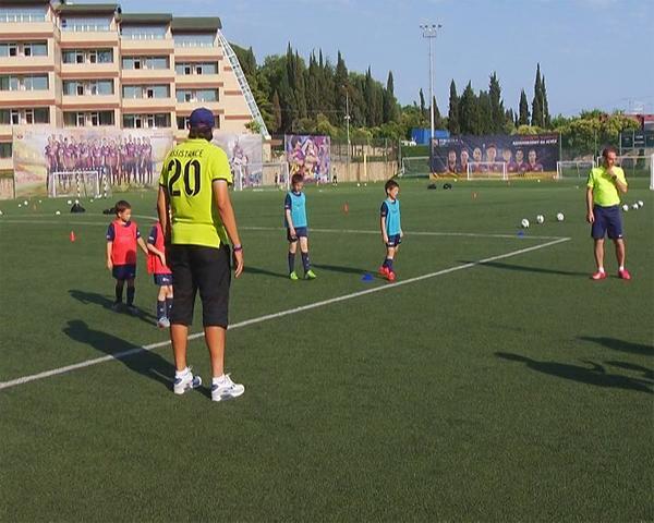 В Сочи лагерь ФК «Барселона» готовится принять вторую смену