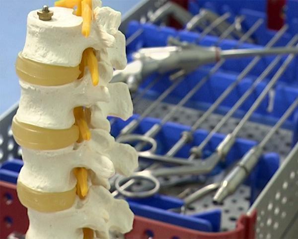 Краснодарские врачи освоили эндоскопическую хирургию позвоночника