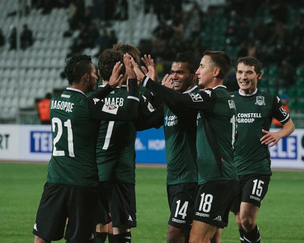 Как ФК «Краснодар» выступал в первой части чемпионата России — 2015/2016