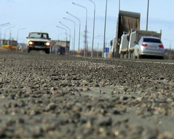 Водители жалуются на повреждения машин из-за плохого ремонта трассы под Анапой