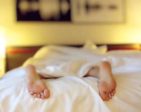 Врачи: причиной плохого сна могут быть более 100 нарушений в организме