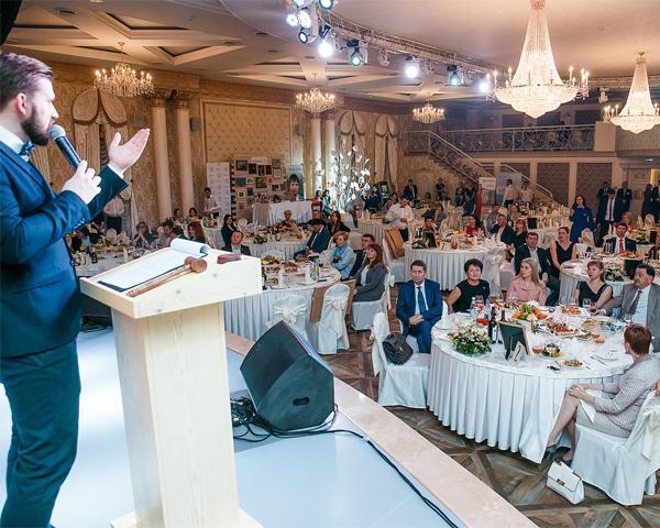 В Краснодаре на благотворительном вечере собрали 3,5 млн рублей для больных детей