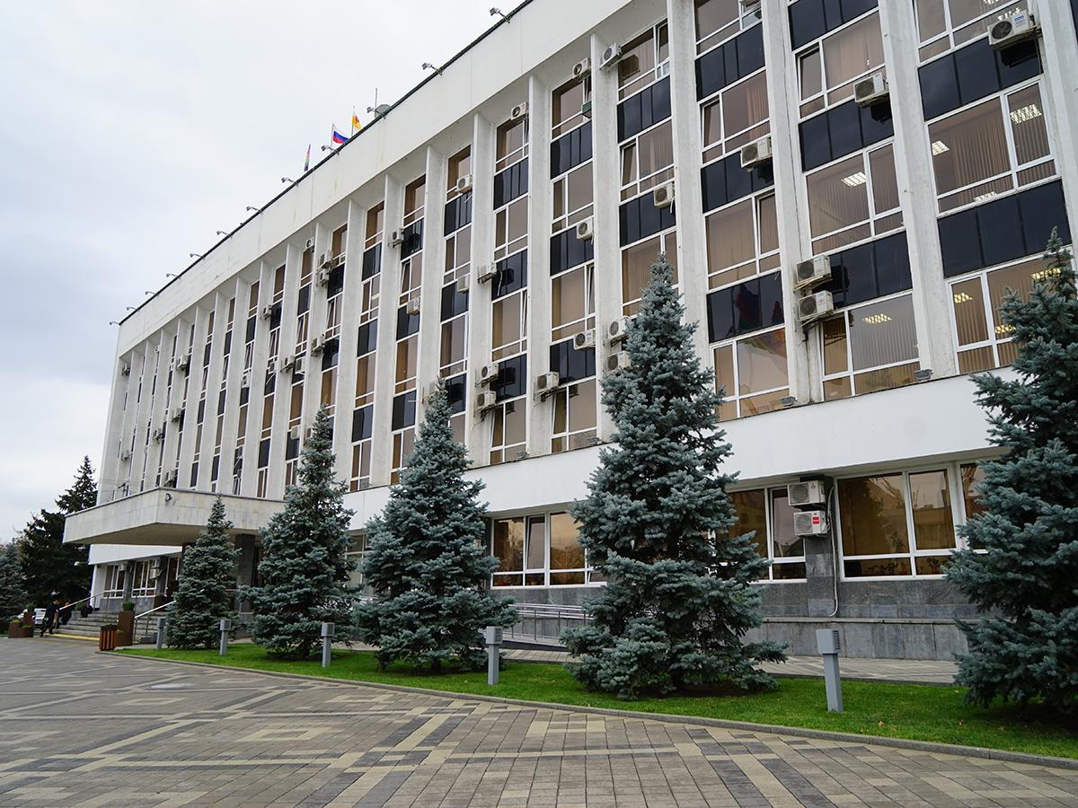 За пост мэра Краснодара поборются 12 кандидатов