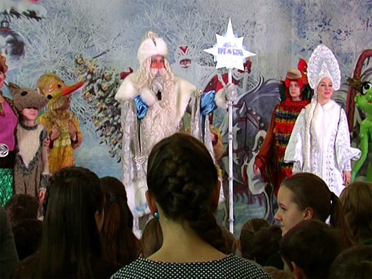 В Краснодаре в Музыкальном театре прошла губернаторская елка
