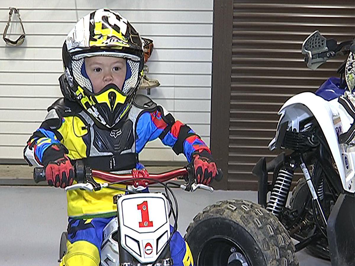 Четырехлетний вундеркинд из Краснодара освоил BMX-велосипед и квадроцикл