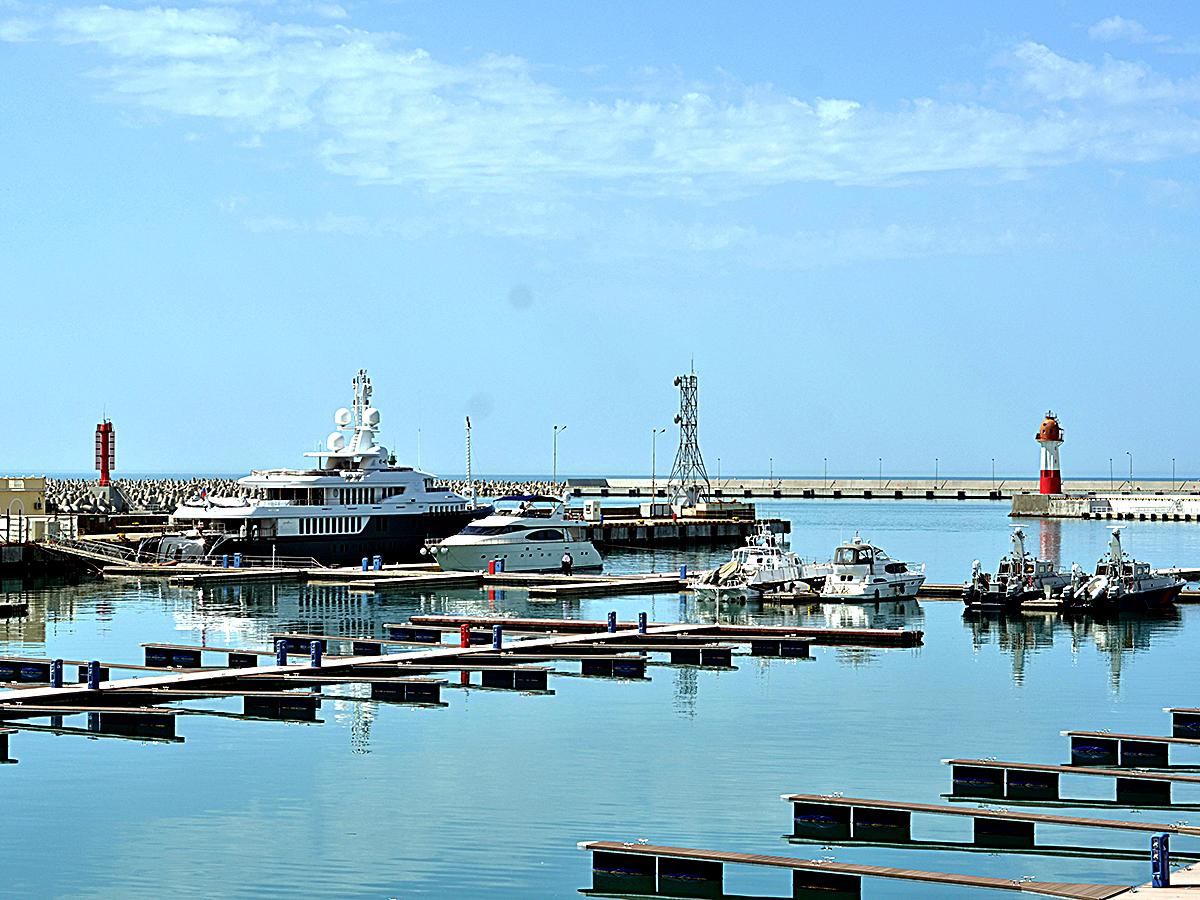 Акваторию порта Сочи закроют на время проведения Кубка конфедераций