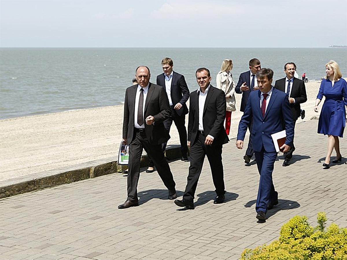 Кондратьев: набережную в Приморско-Ахтарске нужно делать конкретно и быстро