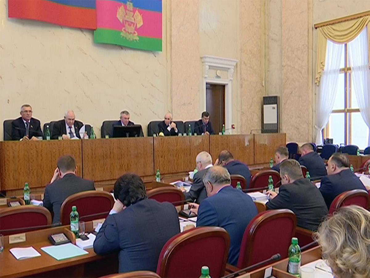 На Кубани в 2016 году доходы муниципальных бюджетов выросли на 10 млрд рублей