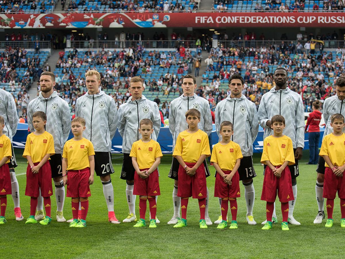 В полуфинал Кубка конфедераций из группы В вышли сборные Германии и Чили