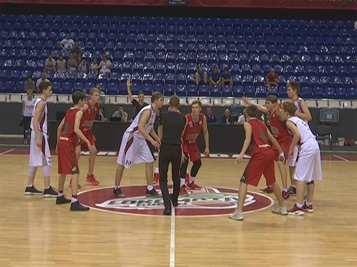 В Краснодаре прошел финал всероссийской спартакиады по баскетболу