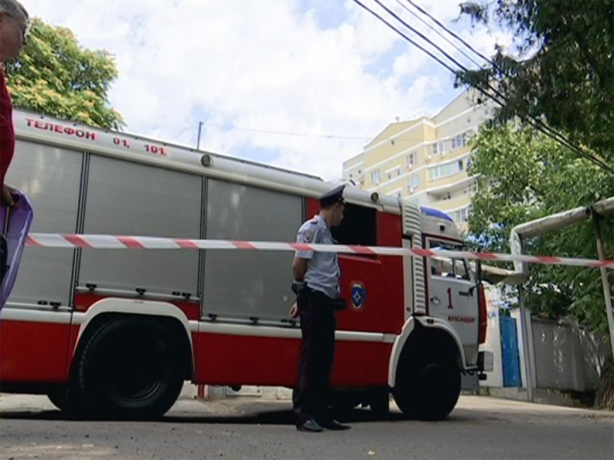 В Краснодаре эвакуировали жильцов дома из-за подозрительных предметов
