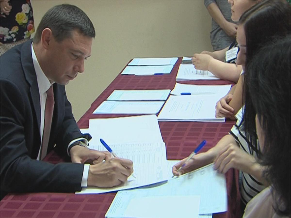 Кубанские политики и деятели культуры приняли участие в голосовании
