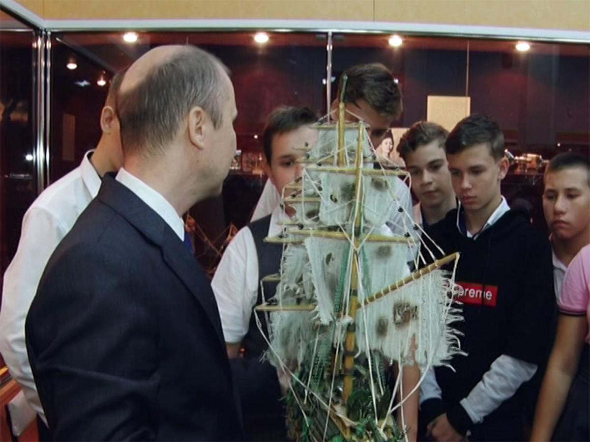На выставке в Армавире представили 170 макетов кораблей