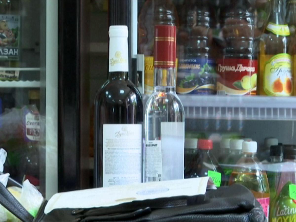 В Туапсе сотрудники потребсферы вышли в антиалкогольный рейд