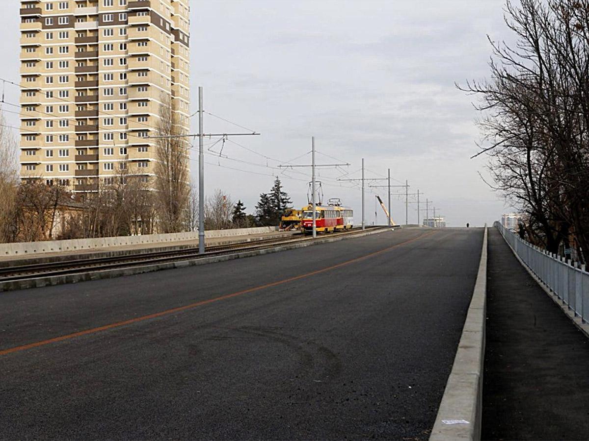 В Краснодаре для автомобилей открыли правый пролет Садового моста