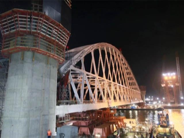 Строители подвели двухлетние итоги возведения Крымского моста