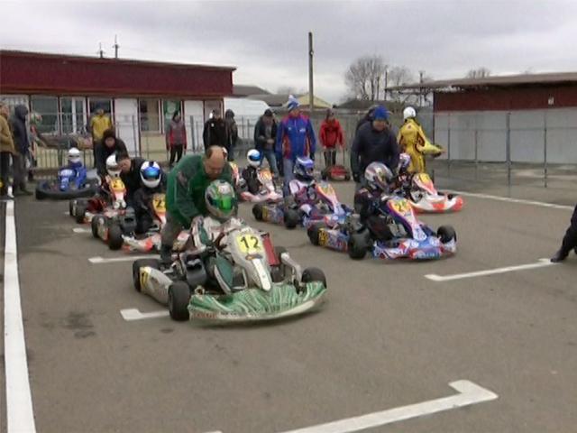 В Усть-Лабинске прошли всероссийские соревнования по картингу
