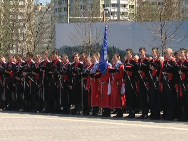 В Краснодаре в честь генерала Лавра Корнилова прозвучал воинский салют