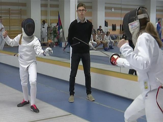 В Краснодаре прошел краевой турнир по фехтованию «Юные казачата»