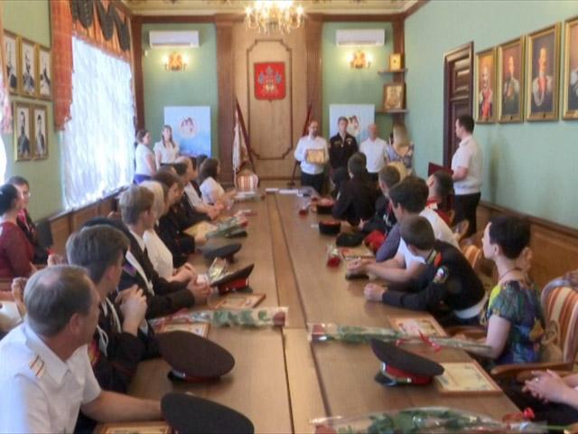 В Краснодаре наградили отличников казачьей службы