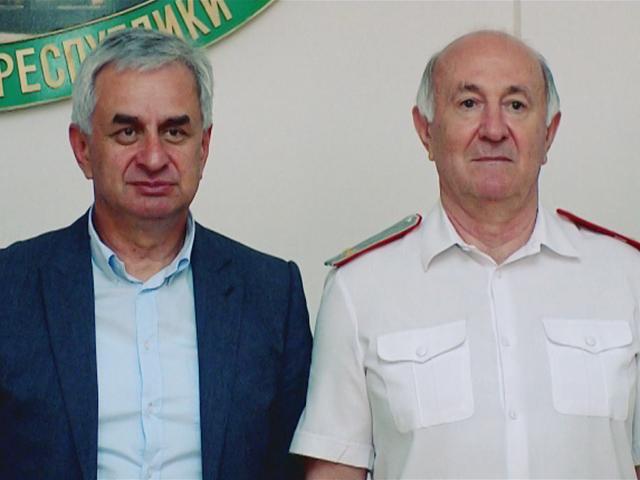 Николай Долуда встретился с главой Абхазии Раулем Хаджимбой