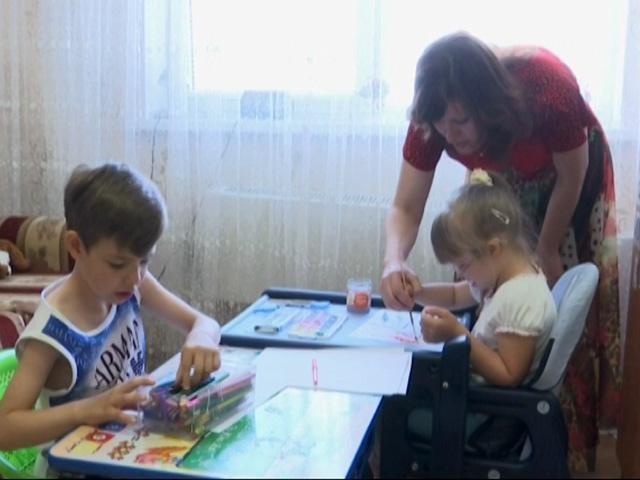 «Край Добра» соберет деньги двойняшкам с синдромом Дауна и нарушением ЦНС