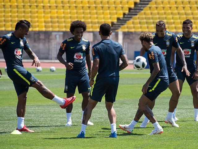 Какие из базировавшихся на Кубани команд продолжат выступать на ЧМ по футболу